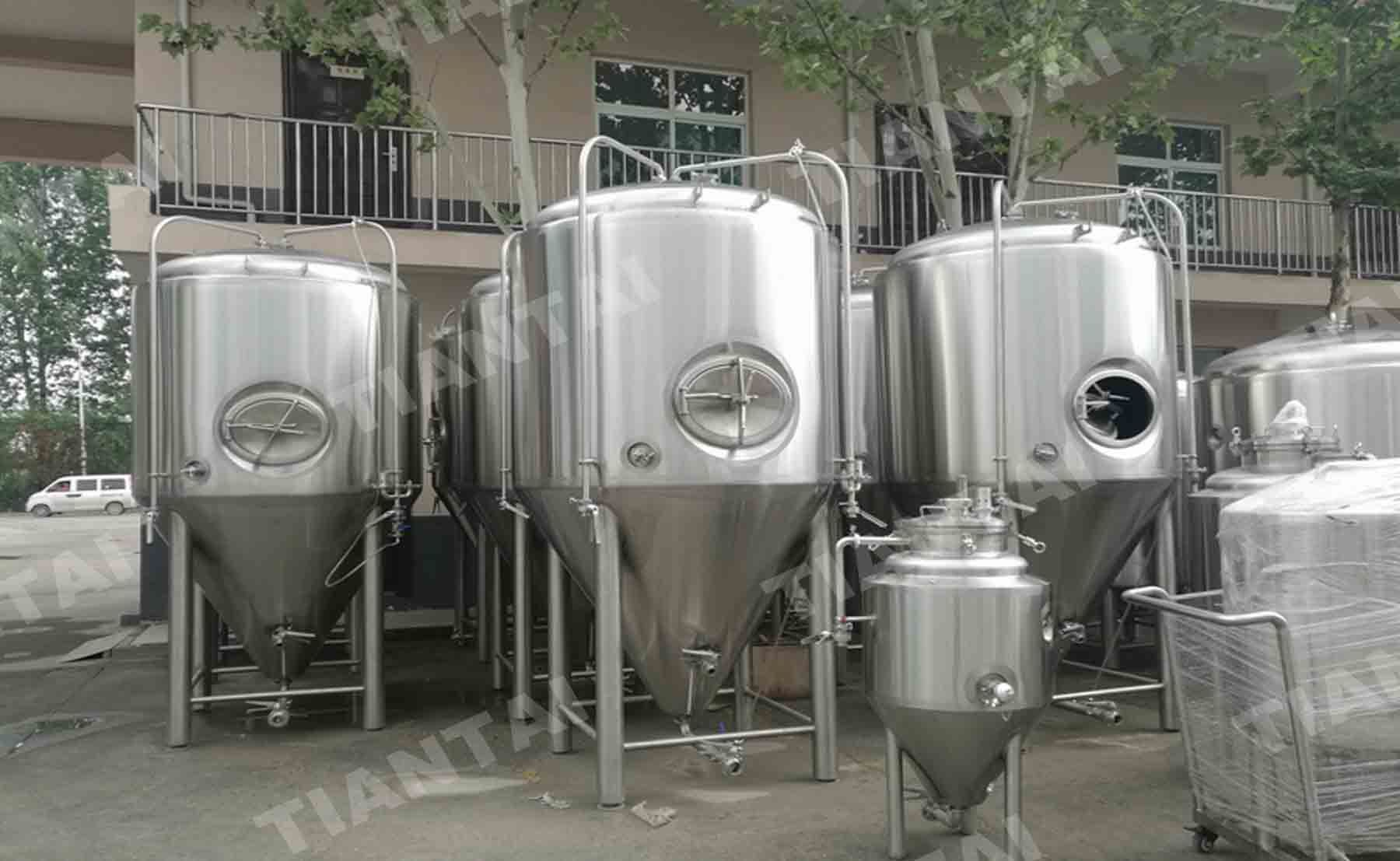 15 Bbl Microbrewery Fermenter With Cooling Jacket Microbrewery