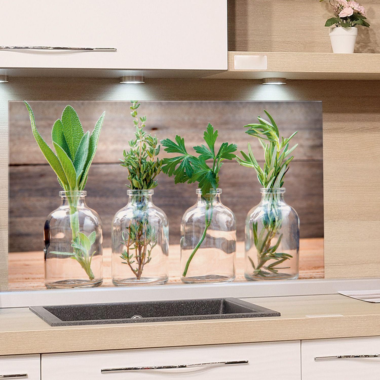 Spritzschutz Aus Glas Glaskruge Mit Krautern Spritzschutz Kuchenruckwand Glas Glaskruge