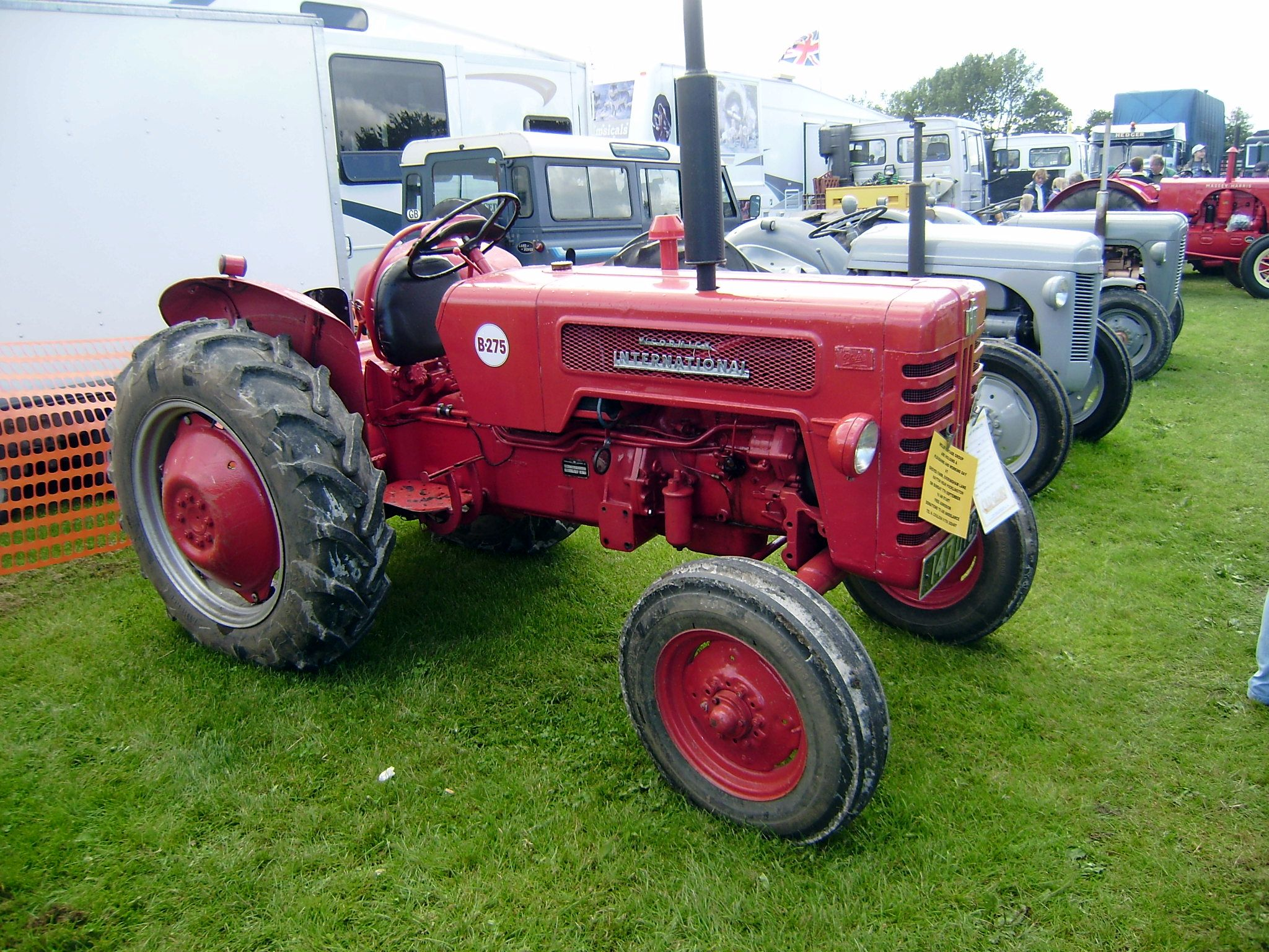624 International tractor - Google Search | Tractors made in Germany |  Pinterest | International tractors, Tractors and International harvester