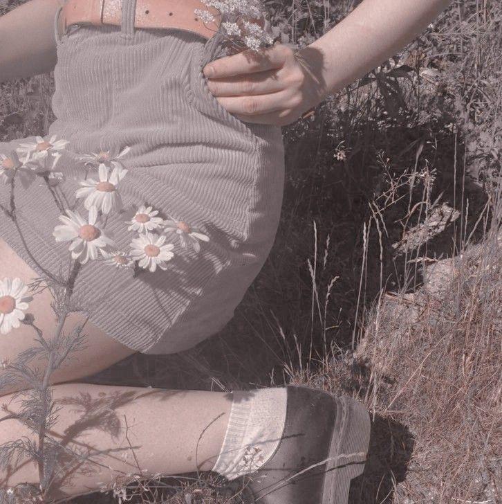 Pin de 𝓢.𝙝𝙞𝙥𝙖 em aesthetic themes imagens) Meninas