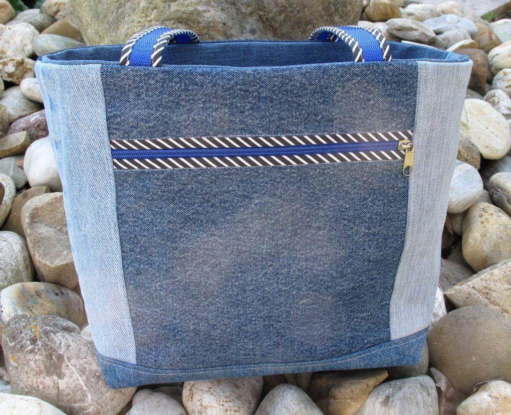 Jeanstaschen als Fächertaschen | Jeanstasche, Stoffe und Taschen nähen