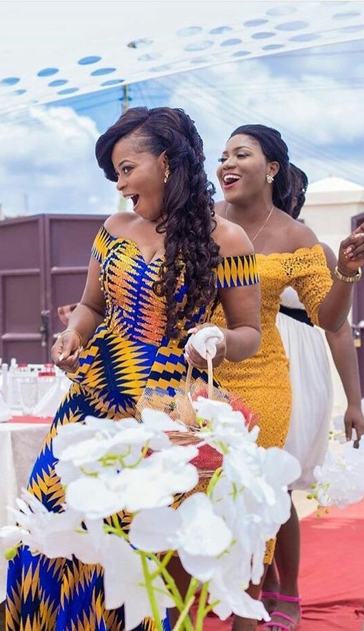 Kente Wedding Outfits African Wedding Wedding Ghana Traditional Wedding Kente Dress Kente African Fashion Dresses African Dress African Dresses For Women