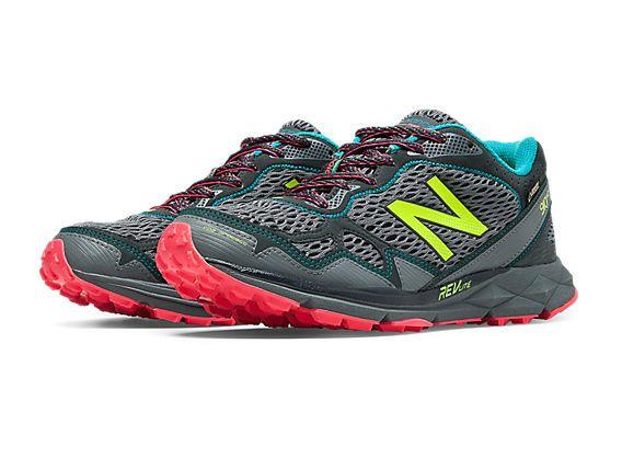 New Balance 910v2   Hiking shoes women