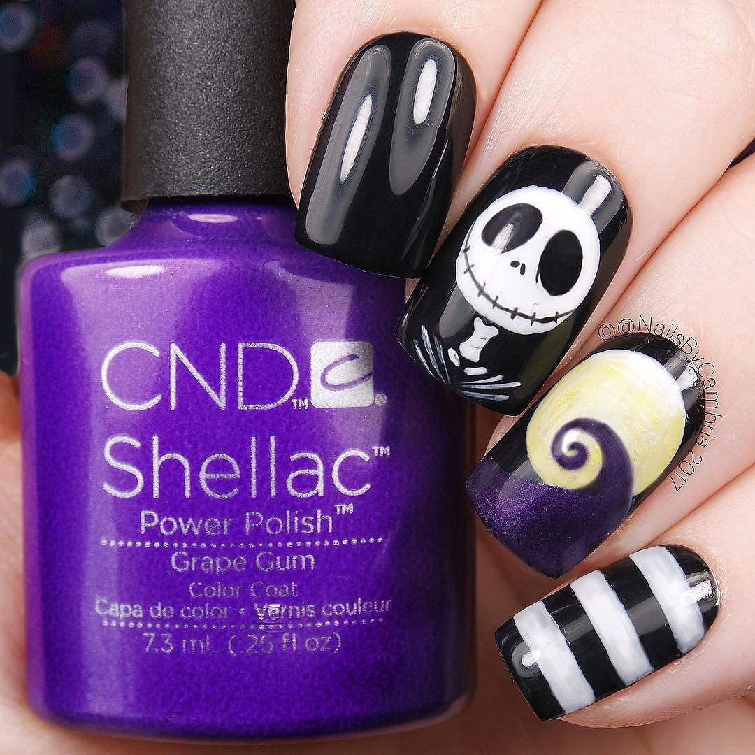 Nightmare Before Christmas nail art because duh Inspired by a photo ...