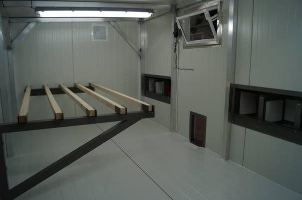 inneneinrichtung h hnerstall heinicoop duo h hner. Black Bedroom Furniture Sets. Home Design Ideas