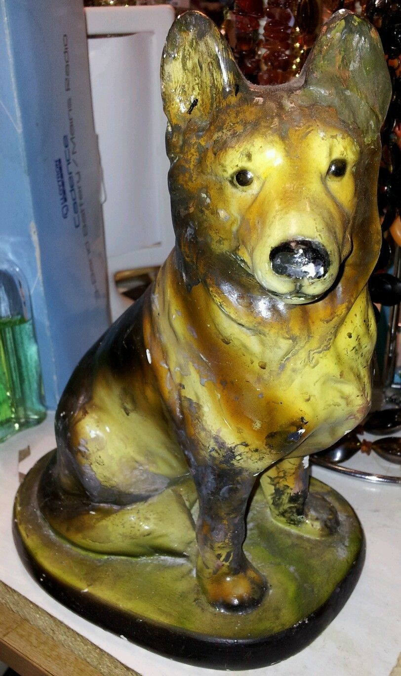 Wilbur the chalk Dog prize,c 1960 Dog prizes, Artwork