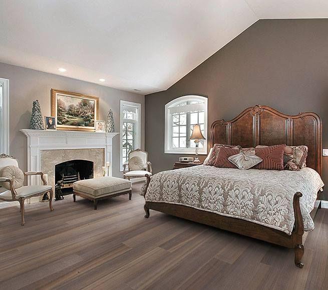 Fürstliches Schlafzimmer mit Landhausdielen von Woodline Parquetry