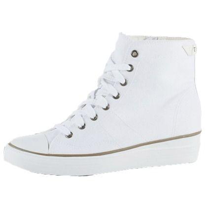 Sneaker in Weiß von Esprit 69,99 € <3 Hier kaufen: http://www.stylefruits.de/sneaker-mit-keilabsatz-esprit/p5177067 #Schuhe #Keilabsatz