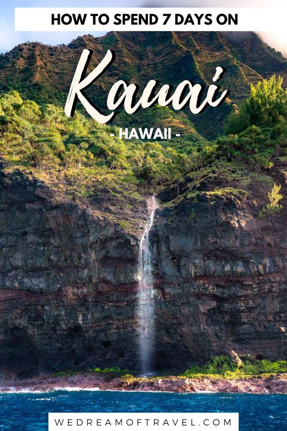 7 Day Kauai Hawaii Itinerary. Discover all the best things to do in Kauai you can't miss! Including incredible beaches, waterfalls, hikes and wildlife this island is perfect for outdoor and adventure lovers. Discover exactly how to have the best Kauai vacation. Kauai Hawaii | Kauai activities | Kauai secrets | Kauai Things To Do | Hawaii travel tips #hawaii #travel #USA #kauai