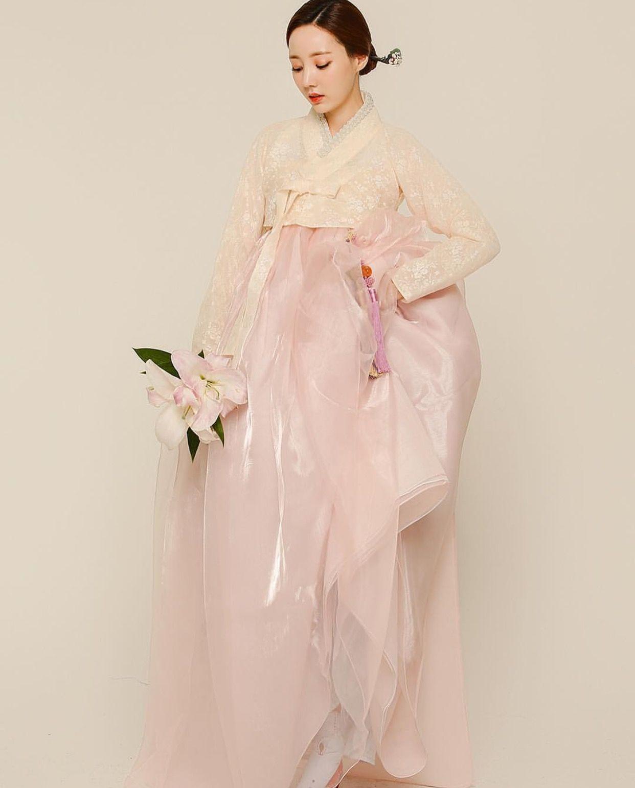 한복 Hanbok : Korean traditional clothes[dress] | Hanbok | Pinterest ...