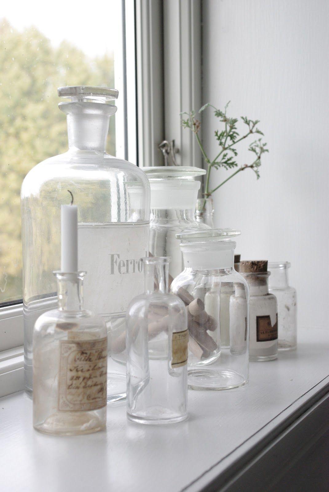 Pin Van Teresa Estrem Op Glas Apotheker Flessen Decoratie Ideeen Vensterbank