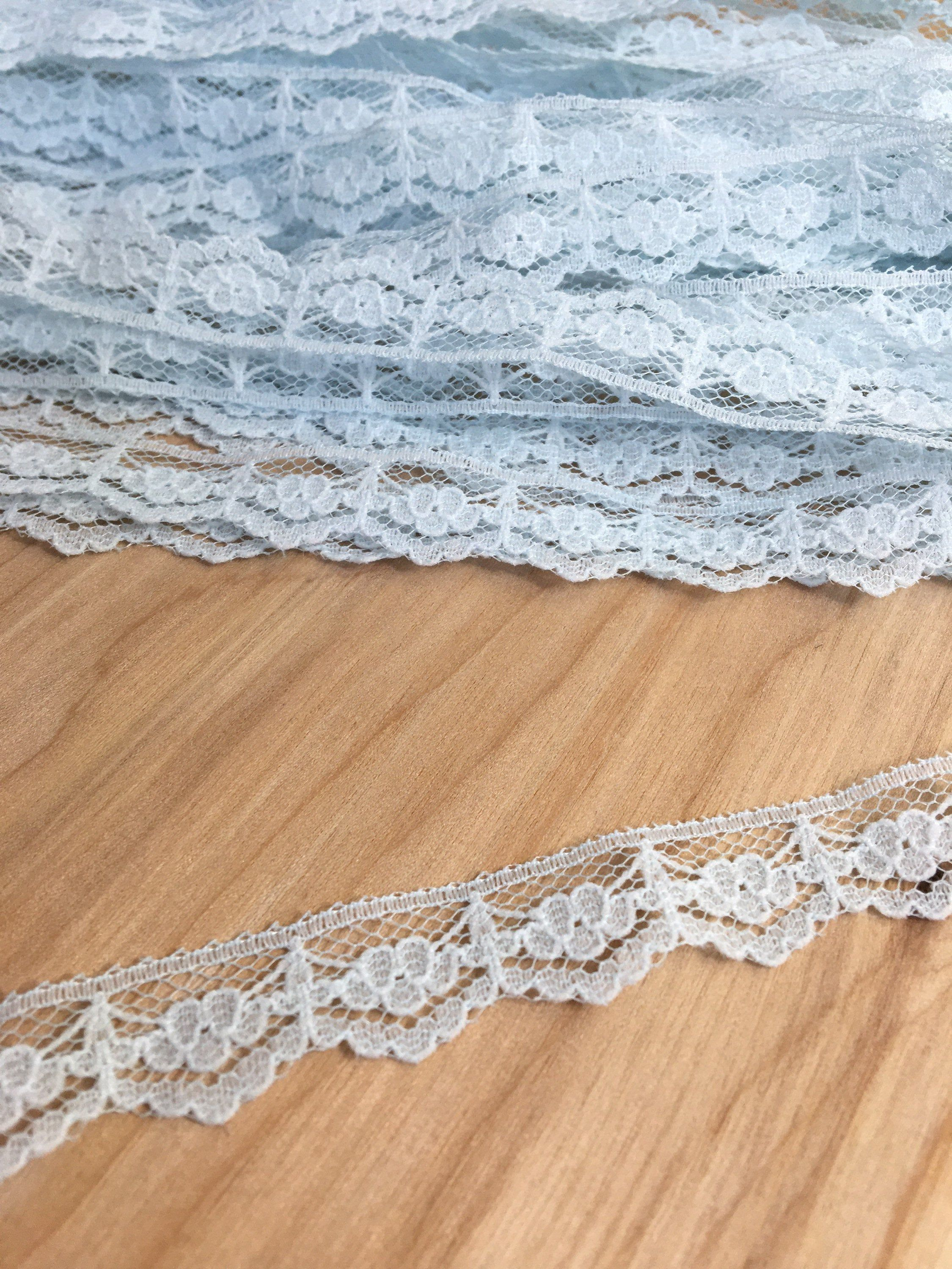 price for 1 yard Lovely GOLD with white ruffled lace trim 2 1//2 inch wide