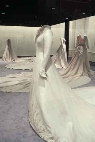 Wedding downs of the Spanish royal ladies | Royal Ladies | Pinterest ...