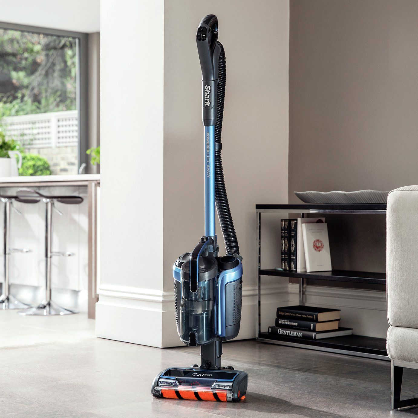 Shark DuoClean Cordless Upright Vacuum Cleaner IC160UK in