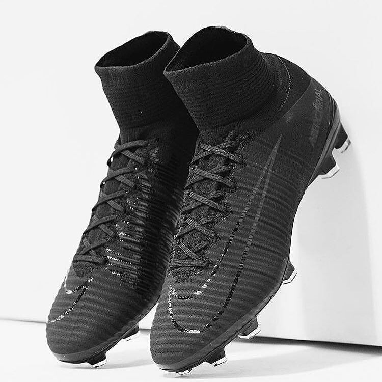 6b63f0d8c0fc The new blackout superflys! What do you think? : @cleatstagram ...
