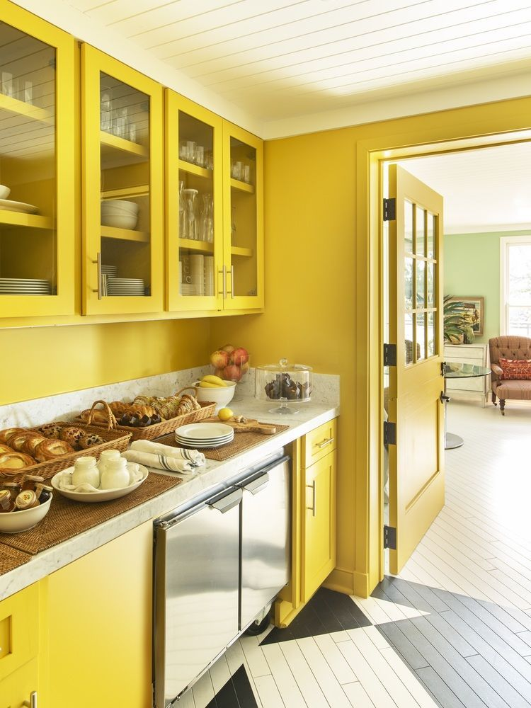 850 Hotel West Hollywood by Rita Konig Yellow kitchen