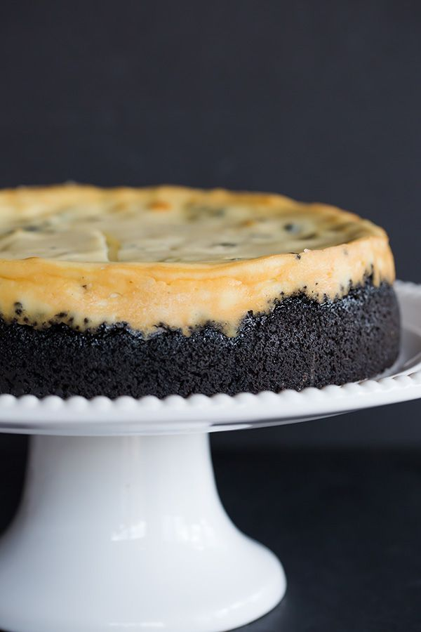 This is THE BEST Oreo cheesecake you'll ever make! A perfectly smooth and creamy cheesecake loaded with chunks of Oreo cookies.
