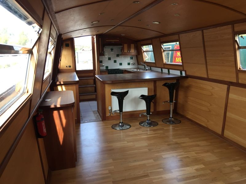 Floating homes 55 widebeam for sale uk floating homes
