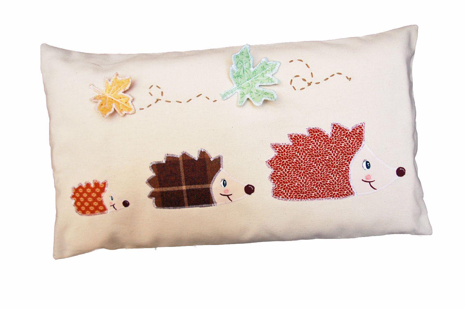 linge de lit herisson Coussin enfant Famille Hérisson, personnalisable avec un prenom  linge de lit herisson