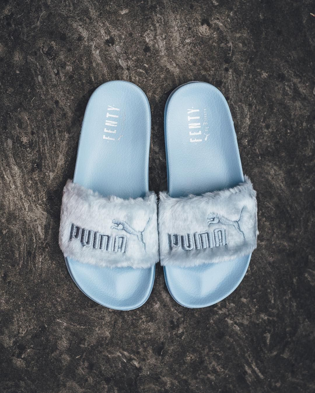 timeless design f6bc2 2ddf4 Fenty By Rihanna x Puma Fur Slide W