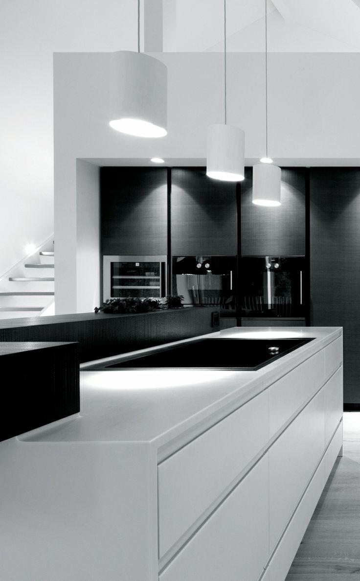 Black White Kitchens White Kitchens Kitchens And Bistro Decor White Modern Kitchen Kitchen Decor Modern Minimalist Kitchen Design