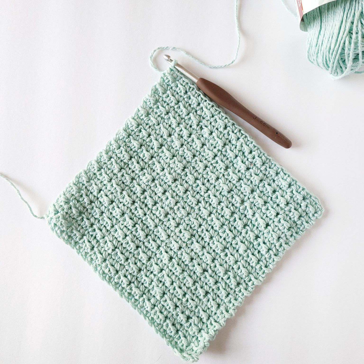 Photo of Beginner Crochet Washcloth Pattern – EasyCrochet.com