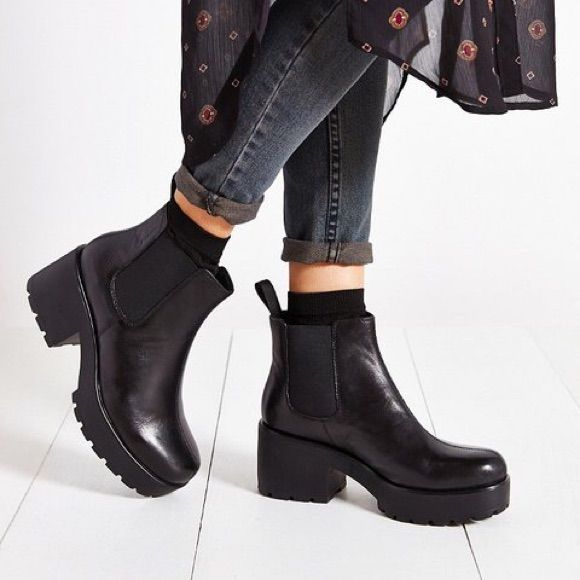 Vagabond Shoes | Vagabond Chelsea Dioon Boots | Color: Black