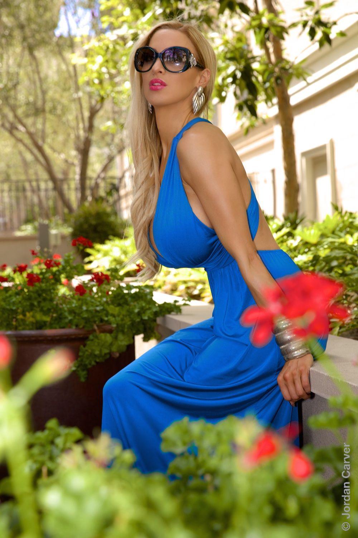 Jordan Carver preview of her set Tropico | Jordan Carver ...  Laura Carver Facebook