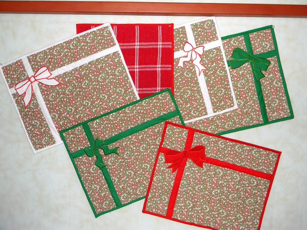 Oh So Easy Christmas Placemats Placemats Patterns Christmas Placemats Mug Rug