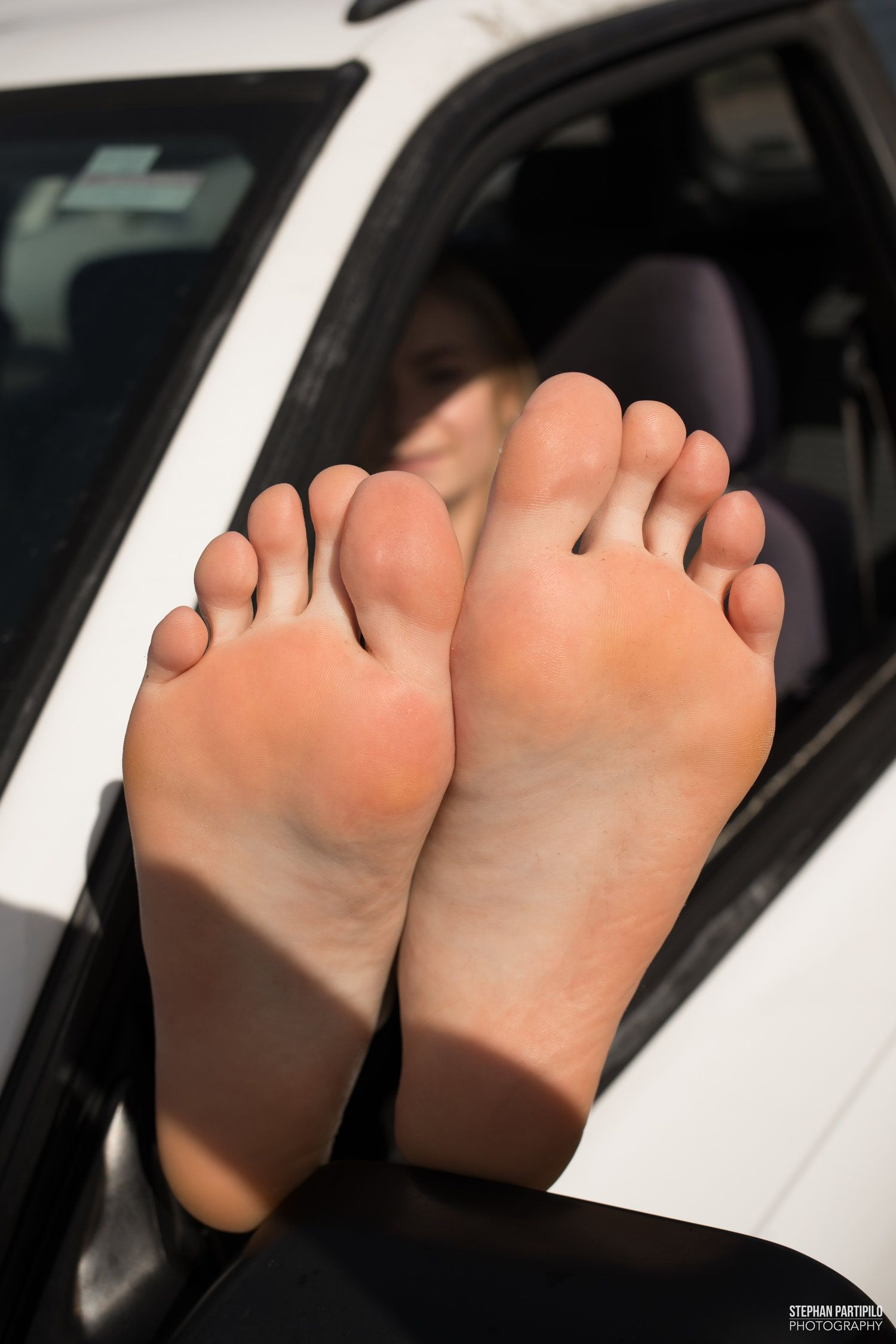 Beautiful Barefoot Girls: Trishas Athletic Arches and