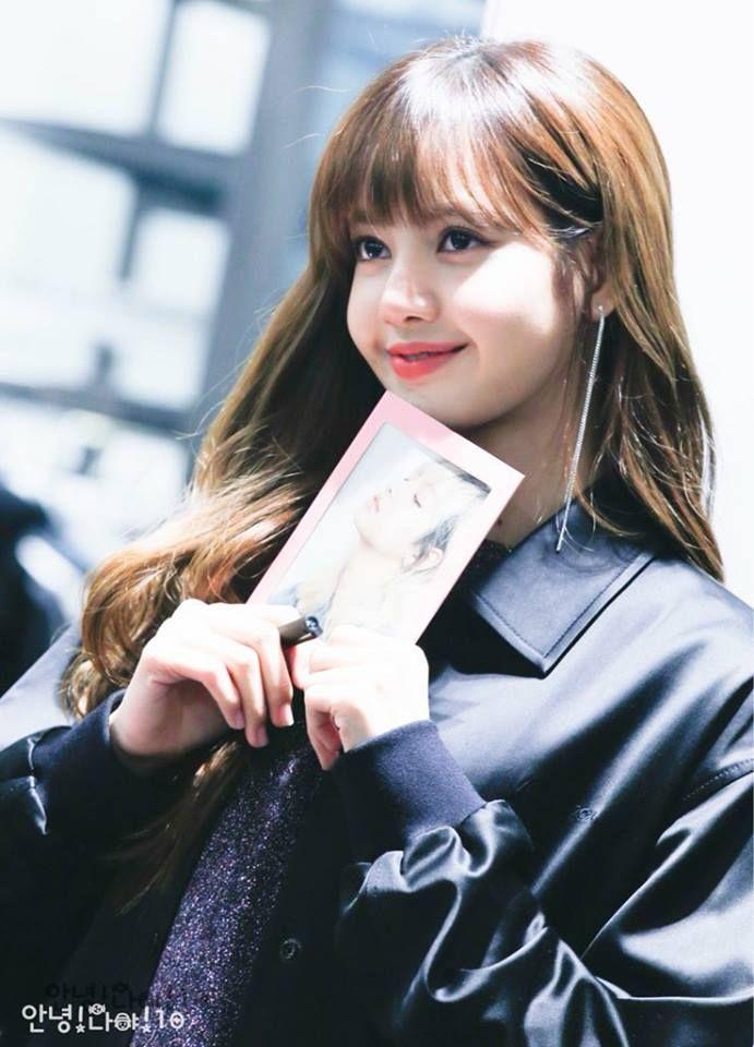 Cute Lisa ˏˋ Blackpink ˎˊ Lisa In 2018 Pinterest Blackpink