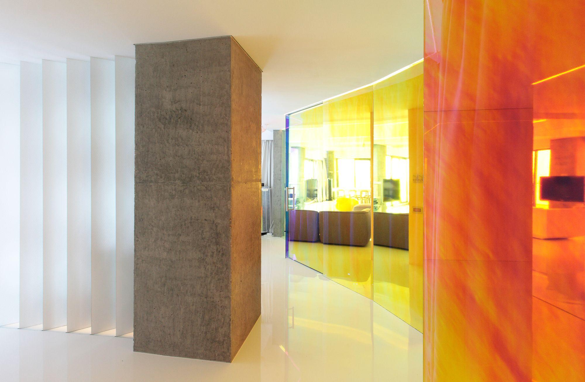 Unique Wall Glass Design Elaboration - Art & Wall Decor - hecatalog.info