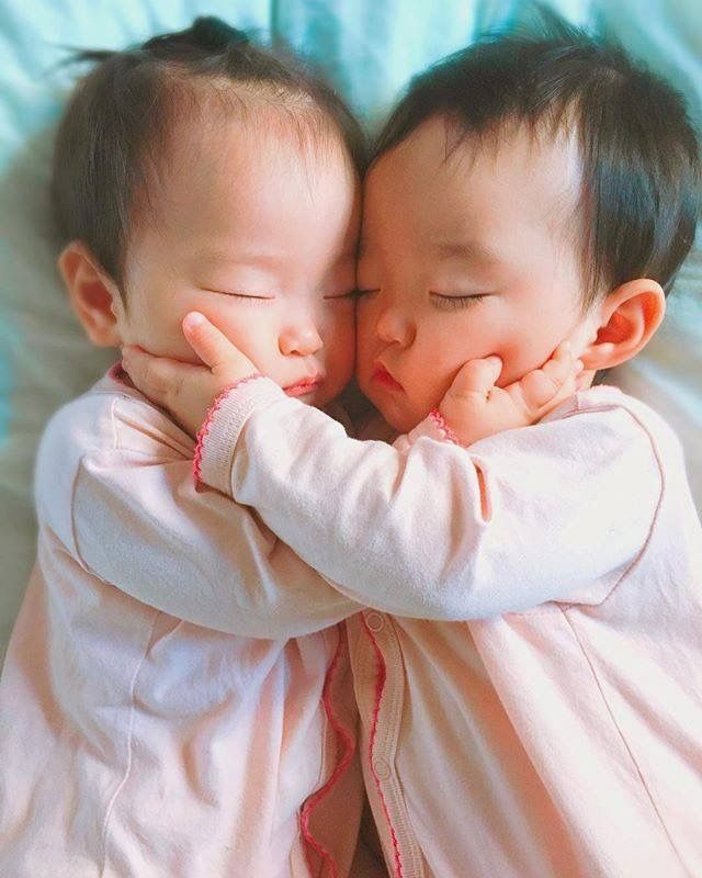 Baby Twins Korean Pin On Bebes 3