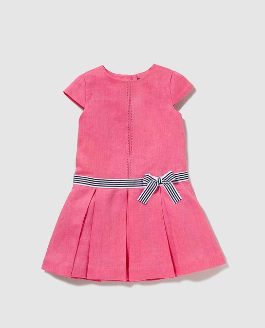 c065b23d8 Vestido de niña Tizzas fucsia con lazo | chaqueta s de niños ...