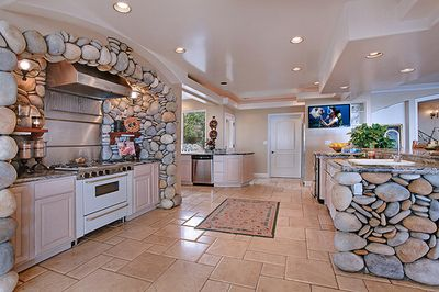 beautiful kitchens tumblr. Love All The Stones And Huge Amount Of Space In This Kitchen Beautiful Kitchens Tumblr