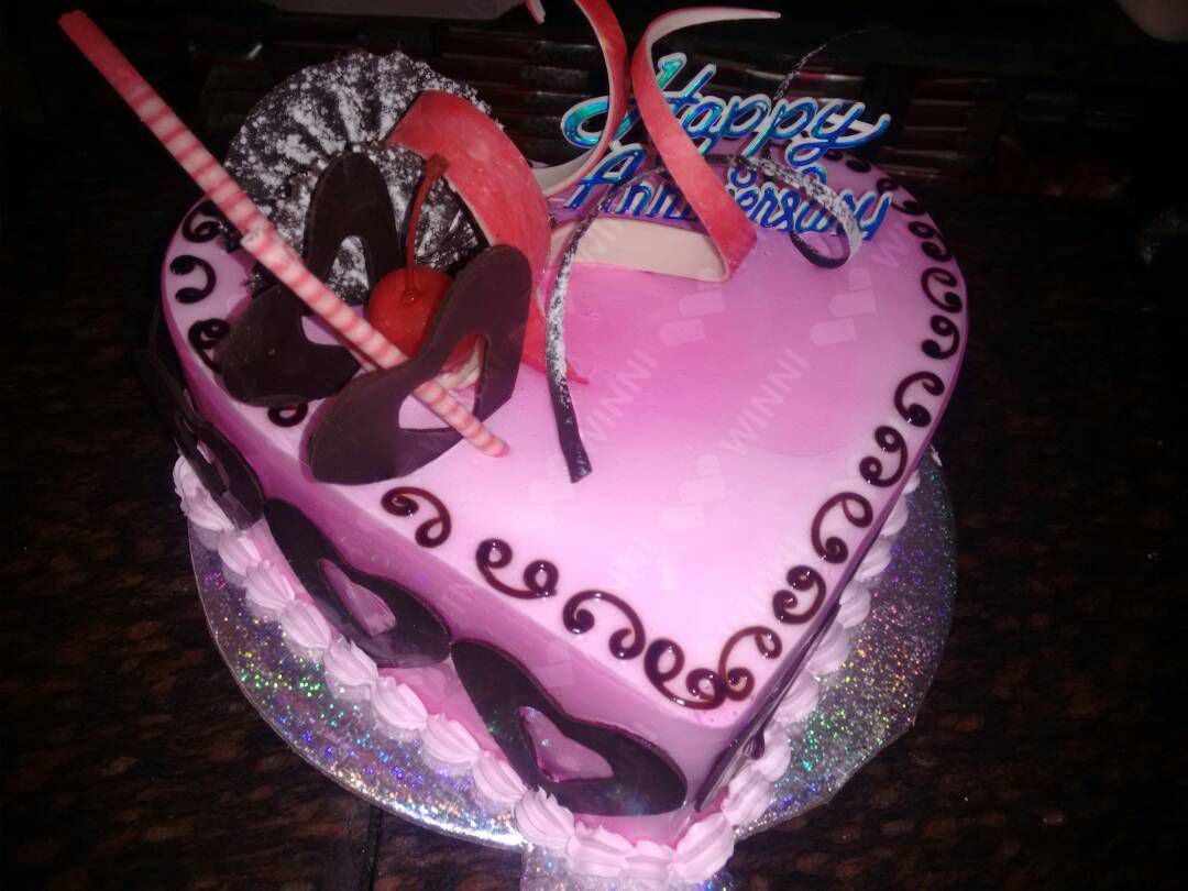For Birthday Cake Delivery In Kolkata Or To Send Hyderabad