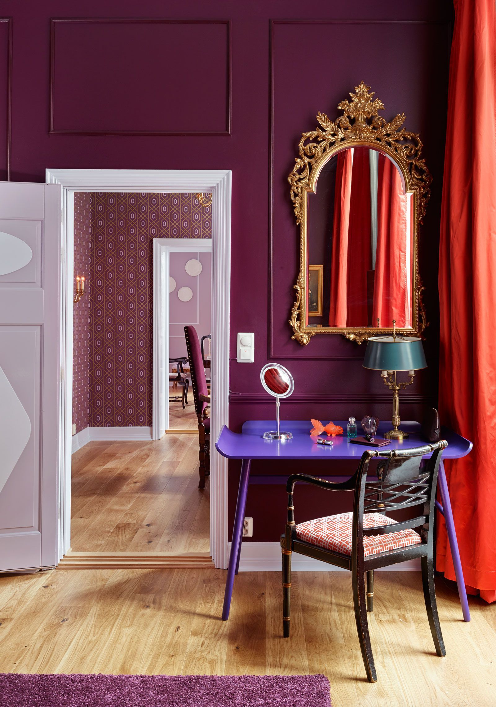 Wandfarbe Aubergine Aubergine Wall Color Home Decorating Trends Homedit Luxe