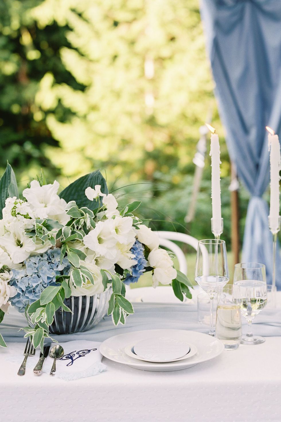 20 Summer Tablescape Ideas For An Outdoor Party Elegant Table Decor