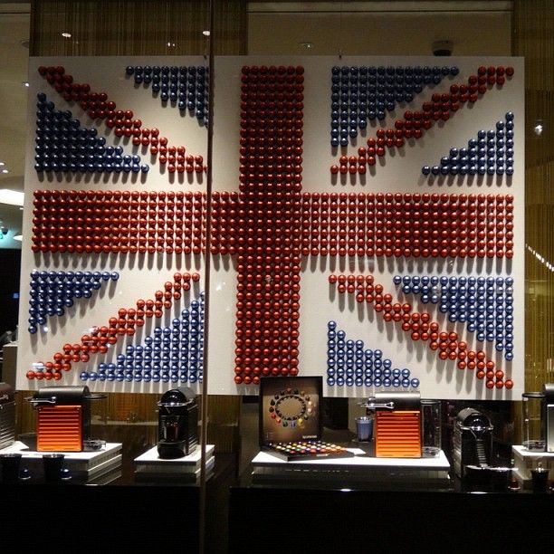 british flag made from nespresso pods nespresso store knightsbridge london nespresso. Black Bedroom Furniture Sets. Home Design Ideas