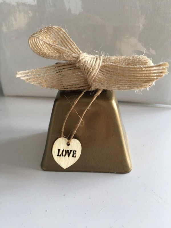 23 Rustic Cowbell Inspired Wedding Kissing Bell Favor With Antique