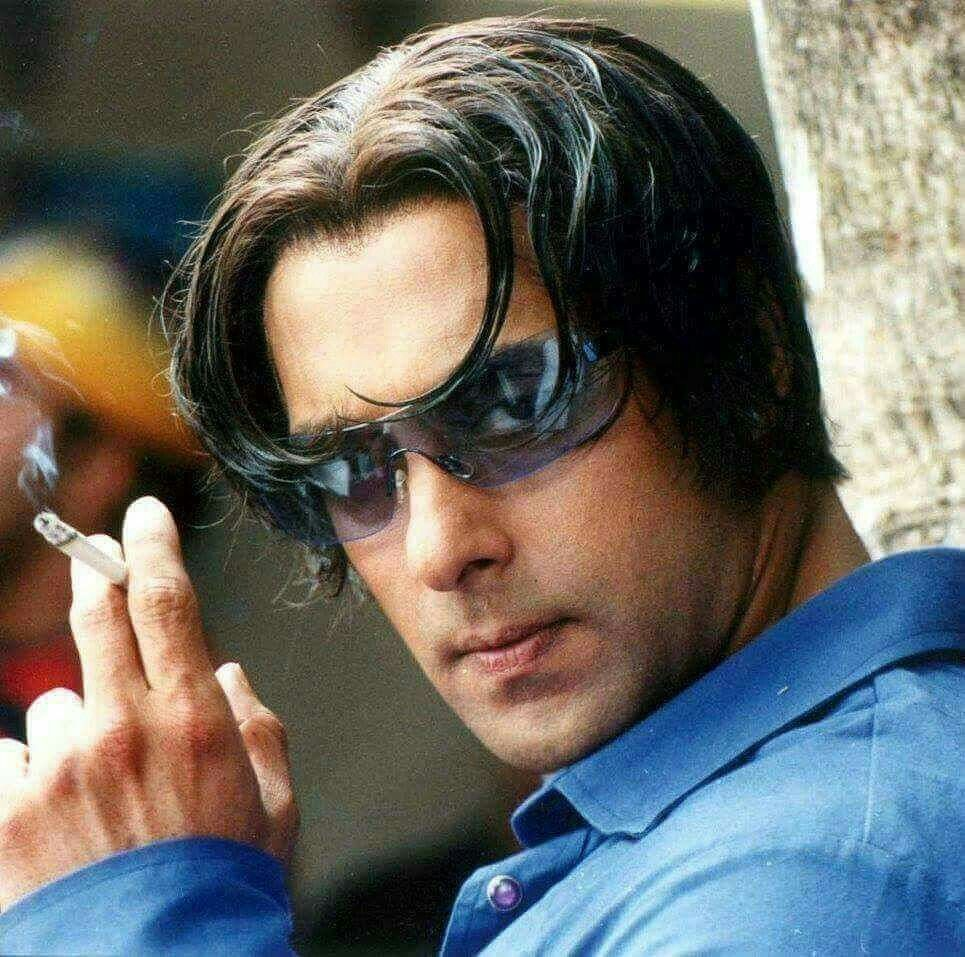 5e753a09045 Tere Naam... Smoking Bhai...