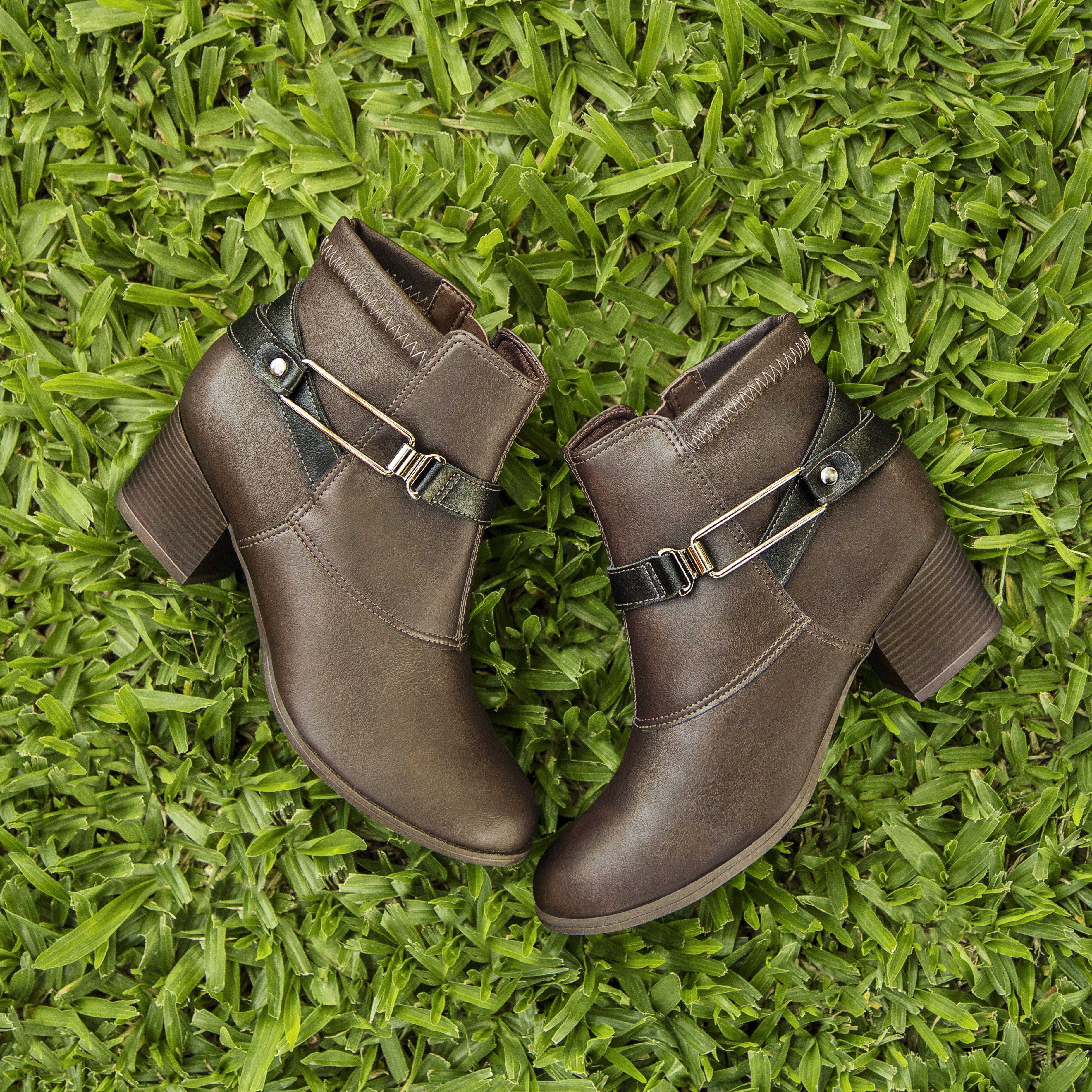 4639546d1d Bota - boots - bota de cano curto - conforto - Campesà - Ref. L5463