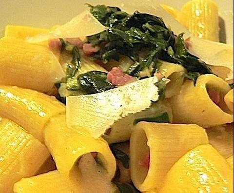 Ricetta Penne bieta, pancetta e scaglie di parmigiano pubblicata da Gilangi - Questa ricetta è nella categoria Primi piatti