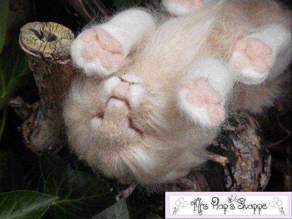 OOAK Needle Felted Sleeping Lion In A Tree por MrsPlopsShoppe, £75.00