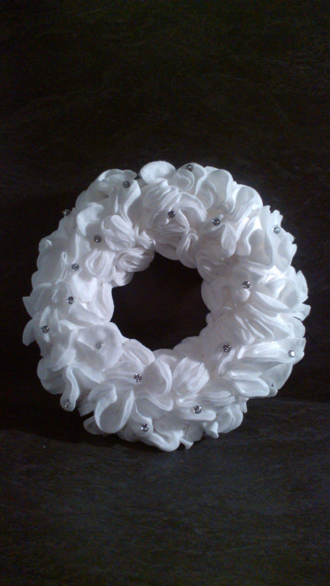 Ma couronne de no l en disques d maquiller blog z dio - Decoration boule de noel en polystyrene ...