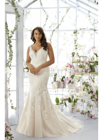 Brautkleider | Plus Size Hochzeit Kleider für die kurvige Braut ...