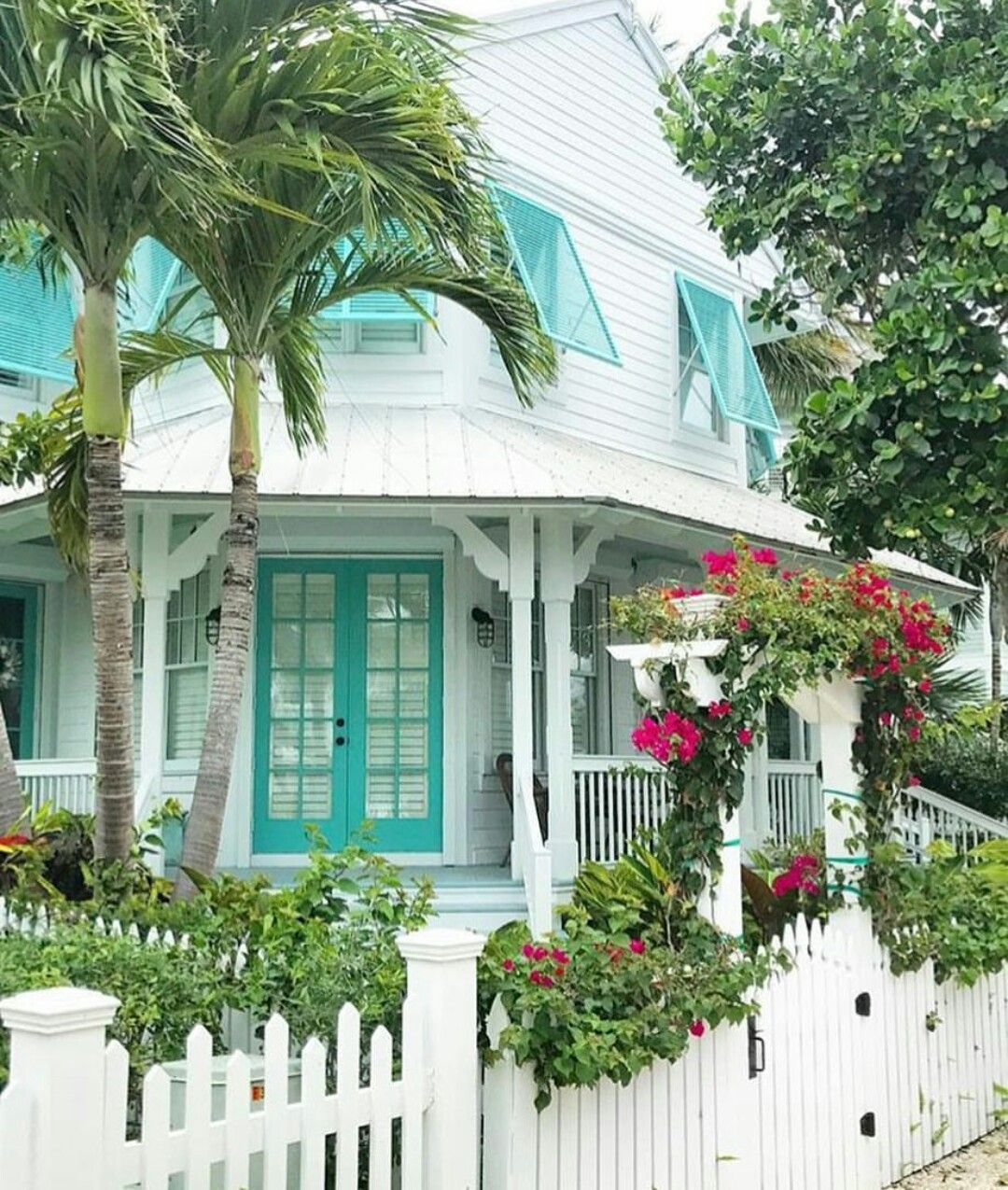 Key West Architecture Beach House Exterior Beach Cottage Style Cottage Exterior