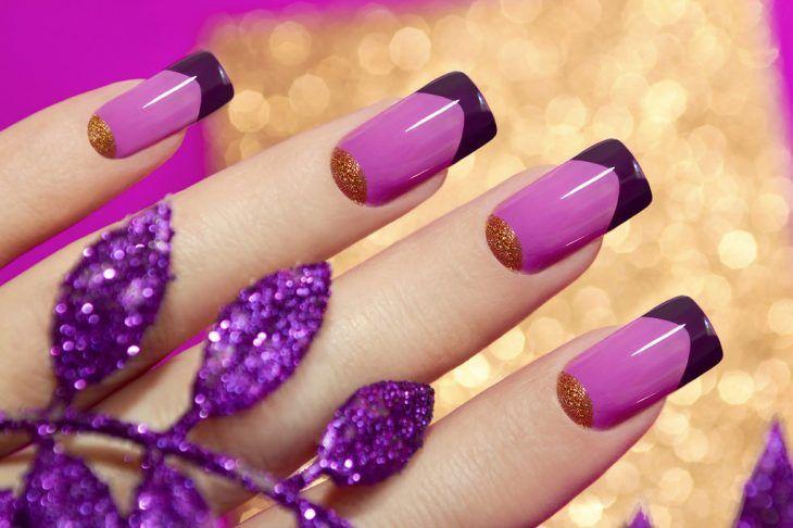 Uñas decoradas con esmaltes en rosa, morado y dorado | Garritas ...