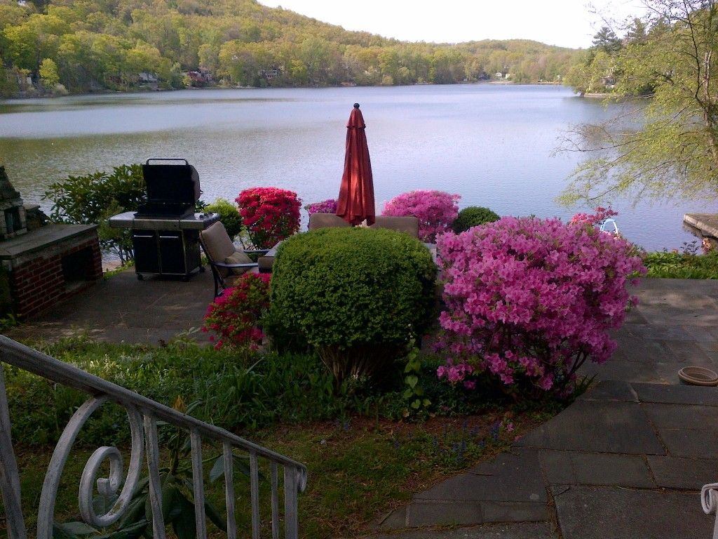 From 225/night. Putnam Valley house rental Private lake