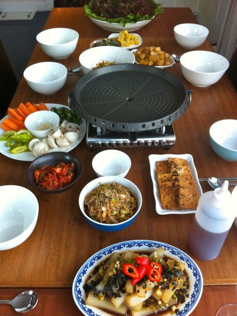 Korean meal table setting & Korean meal table setting | TABLESCAPES | Pinterest | Table settings
